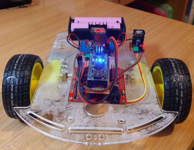 Robot with esp shield and arduino nano projects made