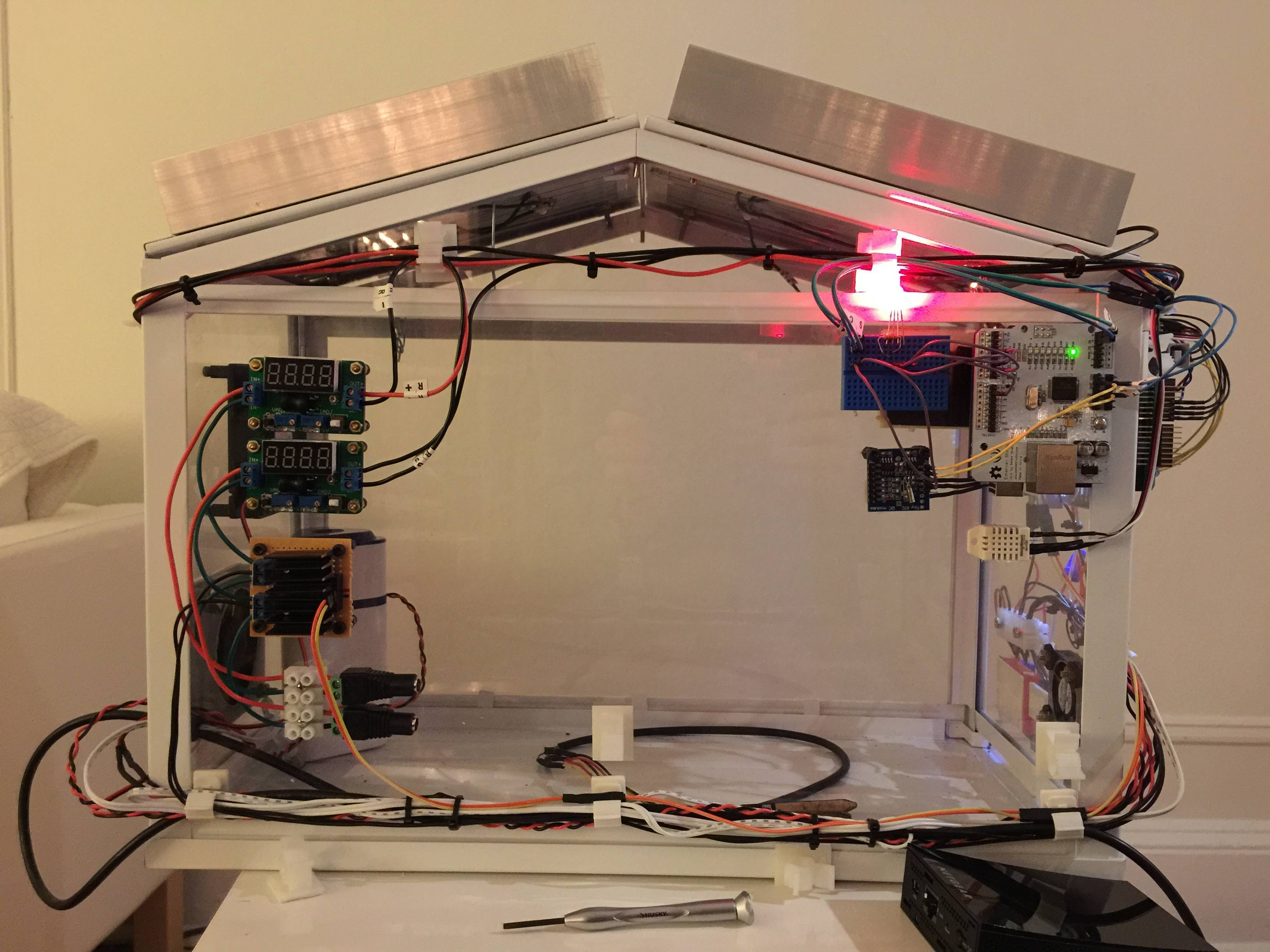 Arduino greenhouse projects made with blynk